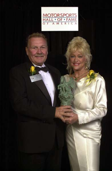 Bill-Simpson-and-Linda-Vaughn